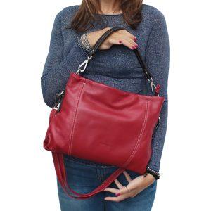 bolso bandolera de diseño italiano rojo outfit chica