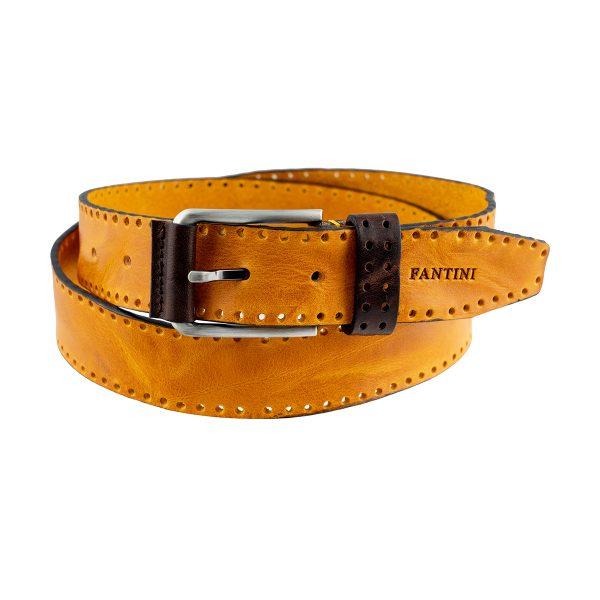 cinturon de cuero outfit amarillo