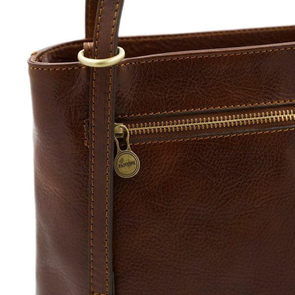 bolso mochila en cuero italiano marrón cremallera