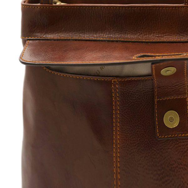 bolso mochila en cuero italiano marrón fantini cuero italiano