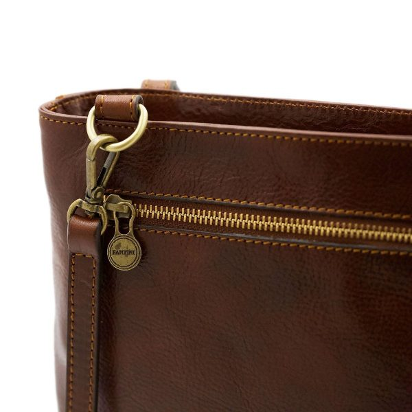 bolso mochila en cuero italiano marrón moda italiana