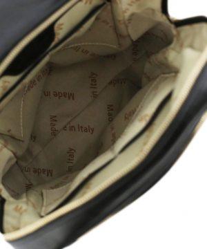 mochila de cuero negro interior