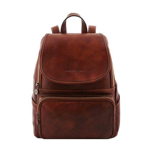 mochila en cuero marron