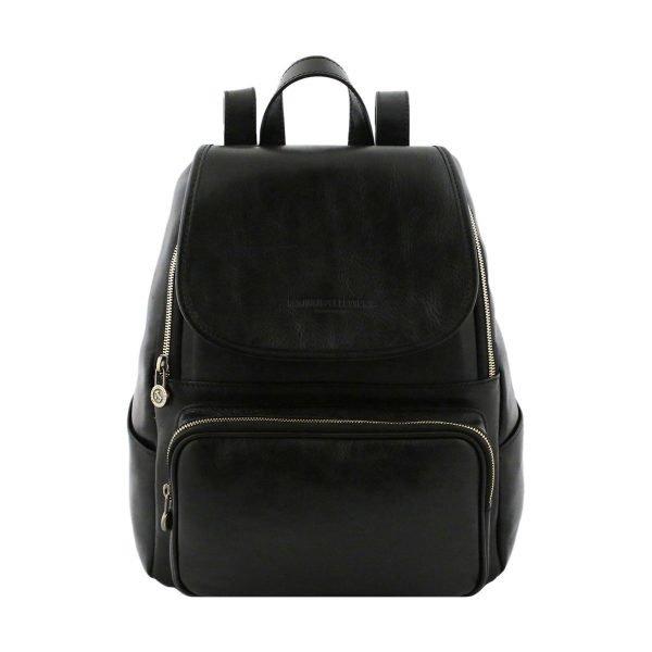 mochila en cuero negro